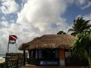 Playakite Kiteboarding School at the Reef Marina